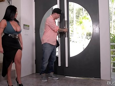 Busty lovers can't wait to see curvy beauty Sheridan Love's tits fucked