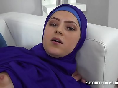 Vain Muslim girl fucked back to reality