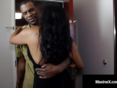 Ass Fucked Japanese Cougar Maxine-X Is Butt Banged By Black Cock!