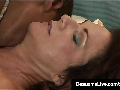 Hung Young Black Stud Pounds Hot Mature Mommy Deauxma!