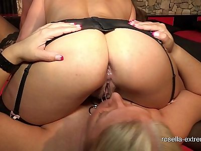 Dirty assfuck sperm from Stellas brown Assfucked asshole swallowed! Extreme Anal-Creampie GangBang mit Rosella und Stella!
